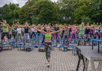 Event for a 100 Trampolines!